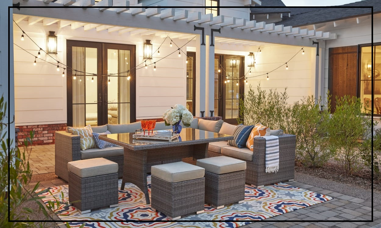 Decorative Ideas to Enhance Outdoor Seating